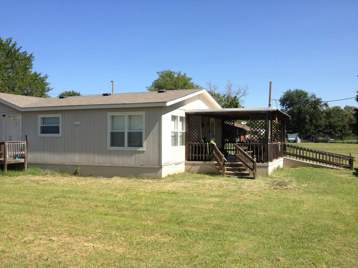 End view mobile home allen ok